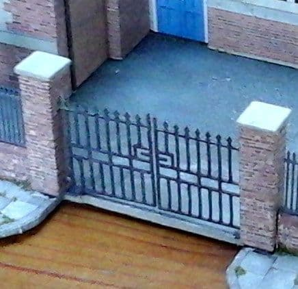 LX008-N Laser Cut 6ft Wrought Iron Gates (Pack of 5) N/2mm/1:148